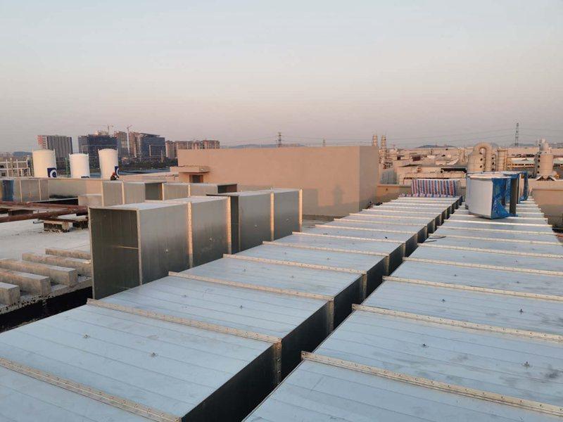 传统的共板法兰风管加工与全自动共板法兰风管制作的区别